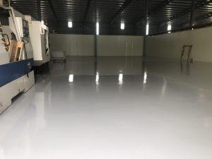 Thi công sơn epoxy chống tĩnh điện là yêu câug bắt buộc tại các nhà máy sản xuất