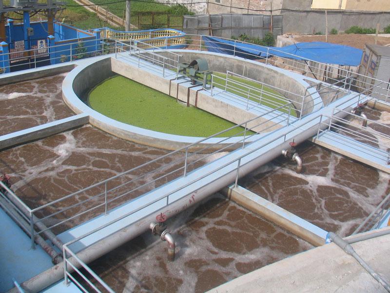 Sơn epoxy chống thấm bể nước thải